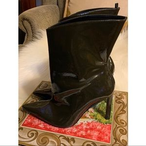 ZARA PATENT POINT BOOTIES